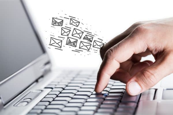 Top 12 Email Secrets (or Strategies) to Engage Passive Candidates
